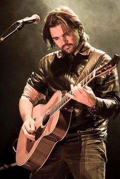 Juanes - Colombian singer-songwriter guitarist who gained worldwide acclaim singing in native Spanish.