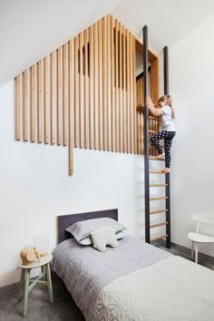 Coppin Street Apartments By MUSK Studio This modern kids bedroom has a loft area is reached via a ladder, with the loft partially hidden by wood slats. Source by auliazch. Room Design, Bedroom Interior, Kids Bedroom Furniture, Kids Loft, Modern Bedroom, Home Decor, Modern Kids Bedroom, Room, Mezzanine Bedroom
