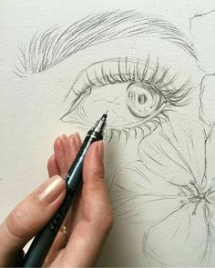 Secrets Of Drawing Most Realistic Pencil Portraits - - Now this is. Drawing Secrets Of Drawing Realistic Pencil Portraits - Discover The Secrets Of Drawing Realistic Pencil Portraits Portrait Au Crayon, Pencil Portrait, Portrait Art, Portraits, Sketch Art, Drawing Sketches, Sketching, Drawing Tips, Eye Sketch
