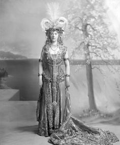 "H.S.H. (""Daisy"") Princess Henry of Pless, née Mary Theresa Olivia Cornwallis-West as The Queen of Sheba/Cleopatra. The Devonshire House Ball, 2 July 1897."