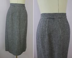 1940s Navy Blue Checked Skirt / 40s Wool Skirt by livinvintageshop