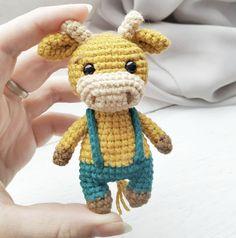 Doll Amigurumi Free Pattern, Crochet Doll Pattern, Crochet Patterns Amigurumi, Crochet Blanket Patterns, Amigurumi Doll, Crochet Dolls, Crochet Cow, Crochet Turtle, Free Crochet