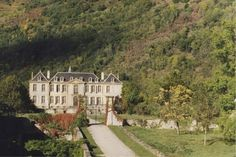A blog following a couple who bought a chateau in the south of France. Chateau de Gudanes under restoration.