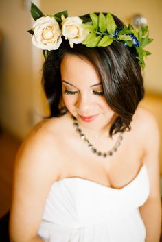 Cream and blue delicate flower crown. Simple Gold Navy Garden Wedding - Brandilynn Aines Photography . See more: http://www.confettidaydreams.com/intimate-gold-and-navy-garden-wedding/ .Pics @brandilynnaines.