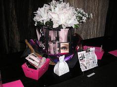 BEAUTIFUL Roll Up Bag Vase & Display!