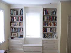 Built in bookshelves. Enough said. <3