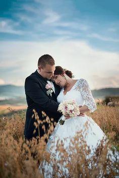 Wedding Dresses, Fashion, Pray, Bride Dresses, Moda, Bridal Gowns, Fashion Styles, Weeding Dresses, Wedding Dressses
