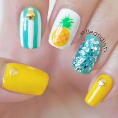Easy Summer Pineapple Nails ~ Such a cute look! # nails # Nail designs Source by Tropical Nail Designs, Tropical Nail Art, Beachy Nail Designs, Pineapple Nails, Pineapple Nail Design, Beach Nails, Hawaii Nails, Florida Nails, Trendy Nail Art