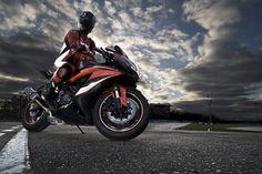 Personnaliser sa moto avec des accessoires dernier cri et à moindre prix, c'est désormais possible avec rrd preparation, le spécialiste des pièces de rechange pour motos.