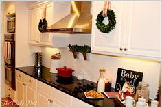 Merry And Bright Kitchen