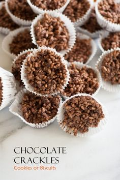 Chocolate Crackles - an Australian treat - often served at a kid's party! v Chocolate Crackles - an Australian treat - often served at a kid's party! Australian Desserts, Australian Food, Australian Recipes, Australian Party, Australian Bakery, Australian Cookies, Australian Christmas, Kids Cooking Party, Cooking With Kids