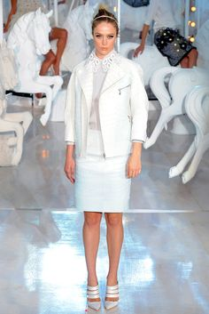 Louis Vuitton - Spring 2012 Ready-to-Wear - Look 31 of 49