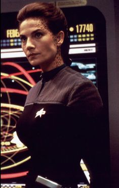 Terry Farrell as Jadzia Dax in Star Trek Deep Space Nine. Star Trek Voyager, Star Trek Tos, Star Wars, Akira, Terry Farrell, Star Trek Crew, Star Trek Images, Star Trek Characters, Star Trek Series