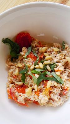 Savory Oatmeal: Sun-dried Tomato Basil Oatmeal