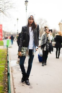 oh because it was majjjor. #JoanSmalls #offduty in Paris.