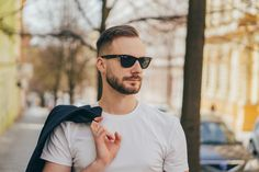 Sunglasses Outlet, Wayfarer Sunglasses, Sunglasses Women, Teen Boy Fashion, Guy Fashion, Runway Fashion, Fashion Trends, Celebrity Sunglasses, Nike Outlet