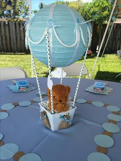 Hot Air Balloon Centerpieces, Baby Shower Centerpieces, Baby Shower Decorations, Boy Baby Shower Themes, Baby Shower Fun, Baby Shower Printables, Baby Balloon, Baby Shower Balloons, Teddy Bear Baby Shower