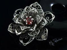 My Precious - Fine silver filigree brooch with Garnet gemstone
