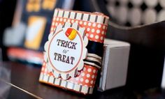 Ready to get a jump start on Halloween decorations, crafts, gifts and party favors? There are over 25 spooktacular DIY Halloween projects for any level of