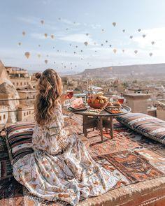 Photo Guide: Best Spots in Cappadocia - Julyeth A. Photo Guide: Best Spots in Cappadocia Photo Guide: Best Spots in Cappadocia - Lisa Homsy Voyage Bali, Destination Voyage, Turkey Destinations, Travel Destinations, Travel Europe, Usa Travel, Wallpaper Travel, Hd Wallpaper, Travel Pictures
