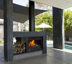 Moeraki Bach, Moeraki Boulders, Otago by Mason & Wales Architects Modern Outdoor Fireplace, Outdoor Fireplace Designs, Backyard Fireplace, Alfresco Designs, Pool Landscape Design, Freestanding Fireplace, Modern Farmhouse Exterior, Shed Homes, Modern Backyard