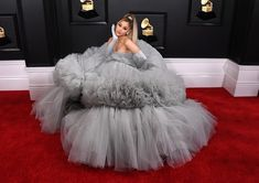Ariana Grande Was The Belle Of The Ball At The 2020 Grammys Fashion Style & fas. Ariana Grande Was The Belle Of The Ball At The 2020 Grammys Fashion Style & fashionstyle. Justin Bieber, Ariana Grande Grammys, Ariana Grande Pictures, Cinderella Dresses, Hollywood, Tulle Gown, Glamour, Ideias Fashion, Ball Gowns