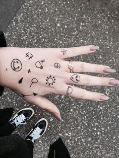 grunge, hand, nails, ring, tatoos, tumblr
