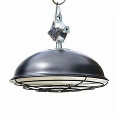 VINTAGE STYLE INDUSTRIAL BLACK PENDANT LIGHT  A VERY HIGH QUALITY RE-MAKE OF 1960'S INDUSTRIAL FACTORY LIGHT  CE E27 FITTED  HEIGHT: 350MM  DIAMETER: 480MM   WEIGHT: 2KGS £199.00