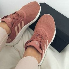 Mens/Womens Nike Shoes 2016 On Sale!Nike Air Max, Nike Shox, Nike Free Run Shoes, etc. of newest Nike Shoes for discount sale Dream Shoes, Crazy Shoes, Cute Shoes, Me Too Shoes, Adidas Shoes, Shoes Sneakers, Kicks Shoes, Vans Shoes, Adidas Nmds