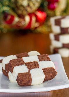 Checkerboard Cookies are so appealing with their black and white checkerboard design that gives you both a chocolate and a vanilla flavored cookie in one.