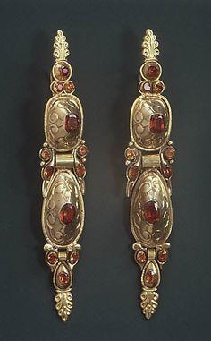 18th c. Spanish Gold Earrings
