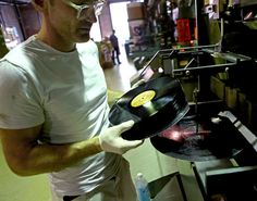 Vinyl Records Are Making a Comeback - The New York Times