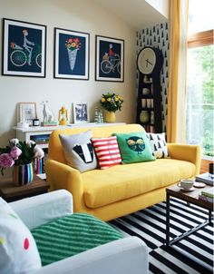 The general rule of thumb is often to have a neutral sofa and to change up the color and pattern of your living room with accents and accessories. But some rules are made to be broken. Here are plenty of rooms featuring bright, fabulous sofas in every color of the rainbow.