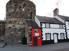 The smallest house in the UK - Conwy, Wales. It measures only 3x1.8 metres!