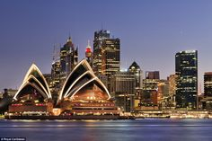 One of the best ways to see the iconic Sydney Opera House and harbour is by ocean liner due to the extensive waterways