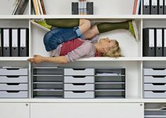 Sitting kills: this will make you want to move. I must sound like a broken record at this point, but poor posture is our modern day epidemic. Office Shelf, Holistic Treatment, Good Advice, Healthy Relationships, Young Women, Cool Photos, Interesting Photos, Stretches, Life Is Good