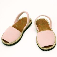 90b4421f4366 Pale Pink Nubuck Sandals for your Kids #summer #sandals #menorca #varca