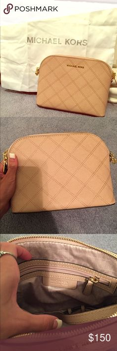 Michael Kors Cindy Dome Large Crossbody Brand New, never used! The color that mk uses to describe it is 'sand'. Michael Kors Bags Crossbody Bags