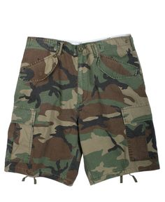 The Vintage M 65 Field Fatigue Shorts in woodland camo are made of a pre washed vintage feel 100% cotton with a six snap flap pocket detailing making them an ultimate cargo fatigue shorts for hiking, camping and casual street wear. They sport an adjustable pull tab waist for comfort fit, brass fly zipper, suspender loops and buttons inside of waist and belt loop waist. http://www.fatiguesarmynavy.com/vintage-army-shorts