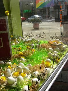 Easter Window Display by Pinwheel Bakery, via Flickr