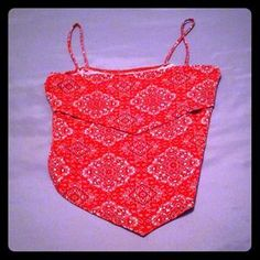 I just discovered this while shopping on Poshmark: Hankerchief crop top. Check it out!  Size: S