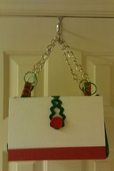 My friend Joyce made this red and green purse with the cute trim.