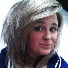 side fringe, light hair
