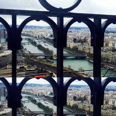 #painel Four Square, Bubbles, Paris, Fashion, Dashboards, Moda, Montmartre Paris, Fashion Styles, Paris France