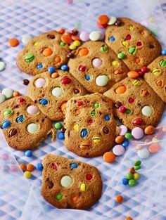 Sirkuscookiet // Candy Cookies Food & Style Elina Jyväs, Baking Instinct Photo Katri Kapanen www.maku.fi