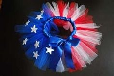 4th of July tutu. I would so do this if we had a girl. Just for my mother in law. :)