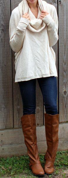 Tessa Turtle Neck Sweater - Oatmeal