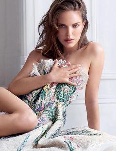 STAR Wars actress Natalie Portman is heaven scent in a perfume photoshoot