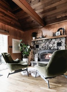 Mini Update at the cabin with new lounge chairs at the fireplace | Deuce Cities Henhouse #tiling #diy #bathroommakeover #bathroomremodel #cabin #fireplace #cabinfireplace #moderncabin