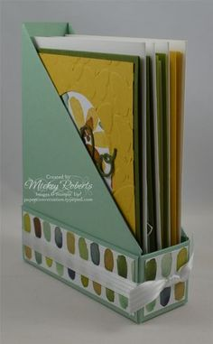 Magazine-Holder styled card holder box with detailed how-to